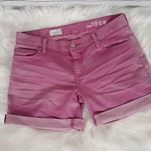 GAP size 27/4 sexy boyfriend shorts